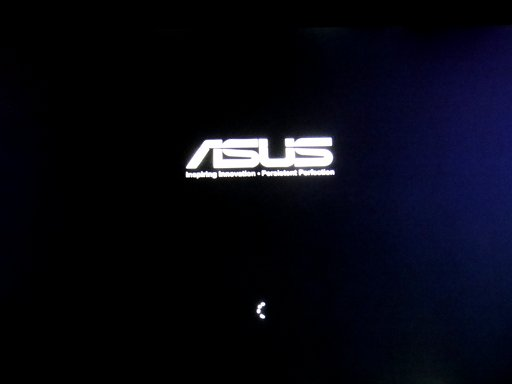 asus-u38n-switched-on.jpg